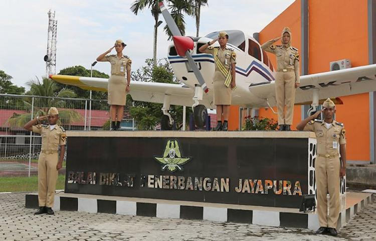 Informasi Seleksi Penerimaan Taruna Poltekbang Jayapura Jalur Polbit
