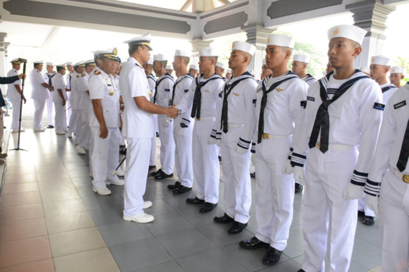 Tamtama TNI AL