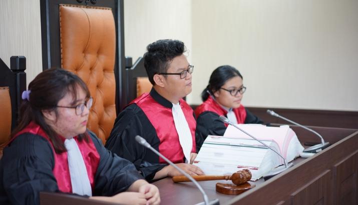 kuliah jurusan hukum