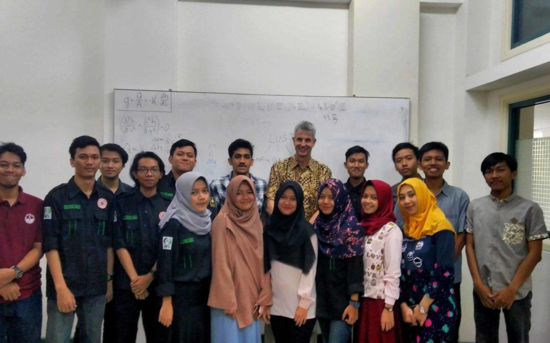 Mengenal Kelas Internasional di UII Yogyakarta